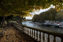 twickenham_riverside041500