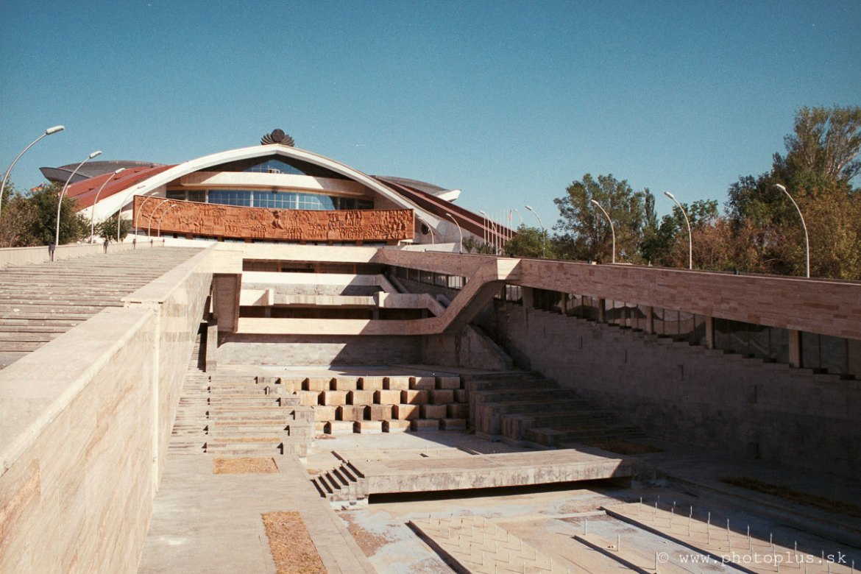 karen-demirtchian-sport-concert-complex-yerevan-armenia-14