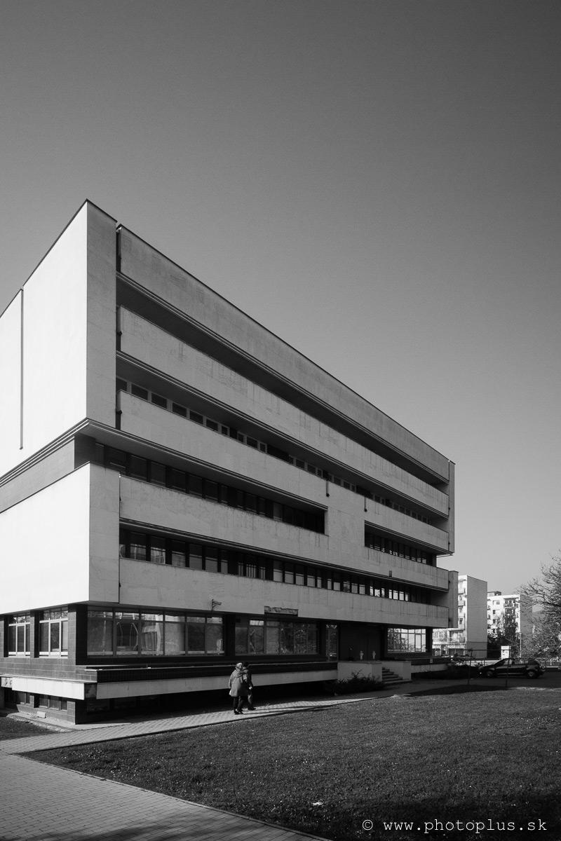 Budova-banky-Považská-Bystrica-4
