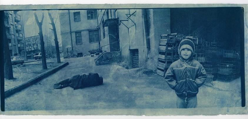 Untitled, from the series At Dusk, 1993 © Boris Mikhailov, courtesy CAMERA Centro Italiano per la Fotografia