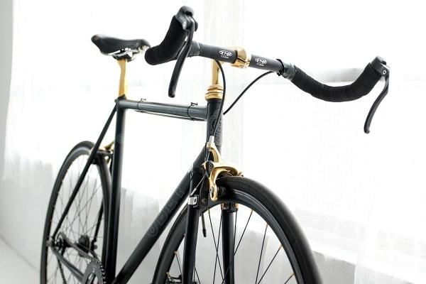 自転車買いました。