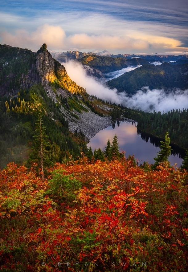 Fall Lake Wallpaper Fall Colors In The North Cascades Washington State By