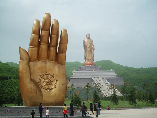 स्प्रिंग टेंपल बुद्धा चीन