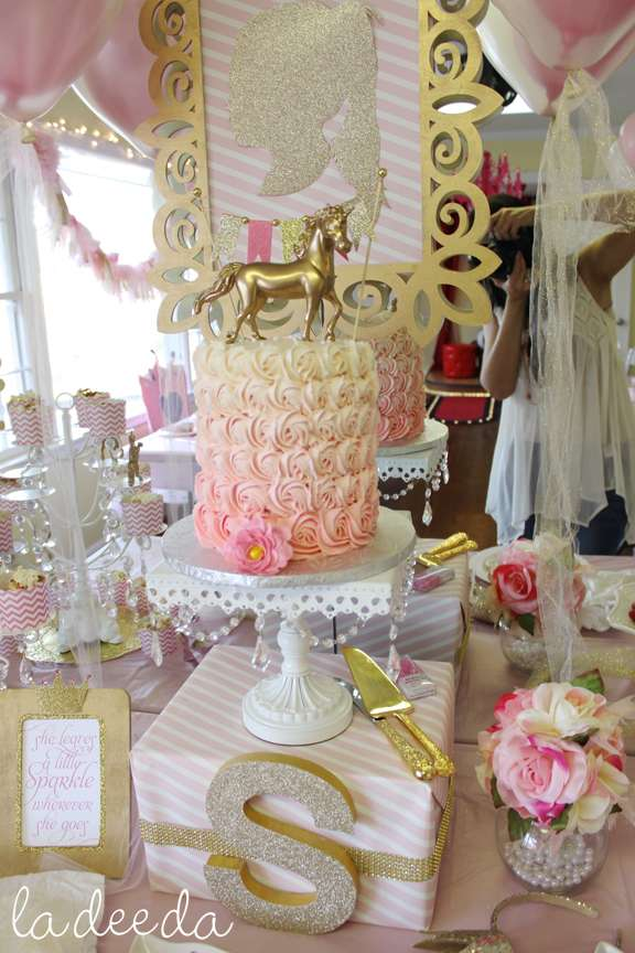 12 MustSee Pink and Gold Parties  Catch My Party