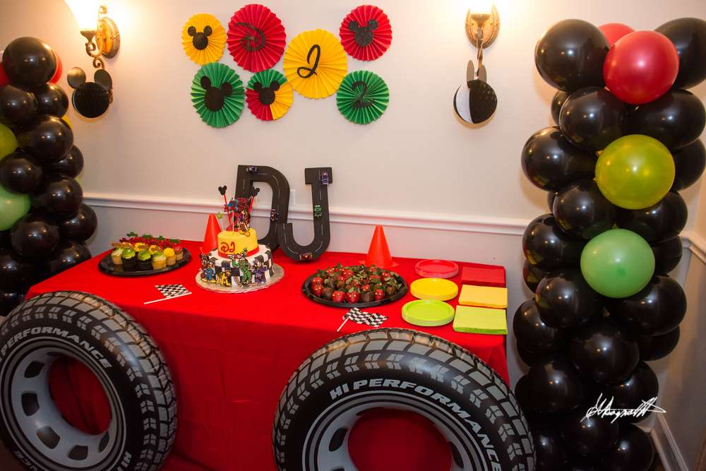 Mickey Mouse Roadster Racer Birthday Party Ideas Photo 5