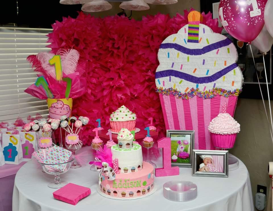 "Cupcakes! / Birthday ""Addison's 1st Cupcake Birthday Party"