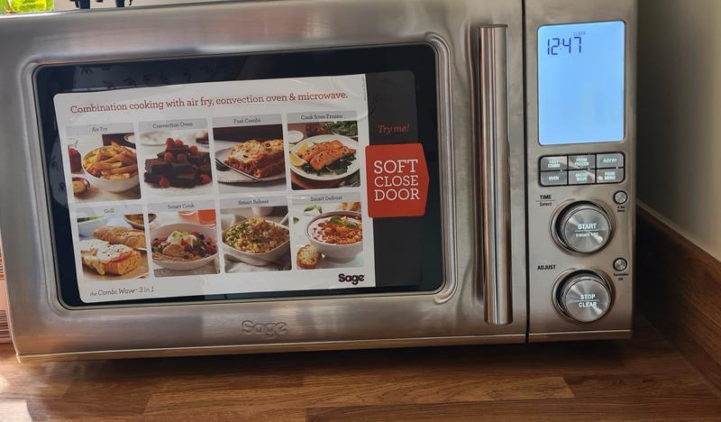 https www sageappliances com uk en products microwaves bmo870 html