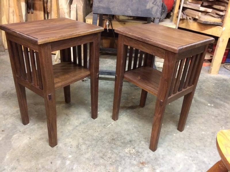 How Many Coats Of Poly On Dining Table