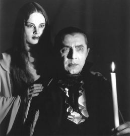 Carol Borland and Bela Lugosi in MARK OF THE VAMPIRE