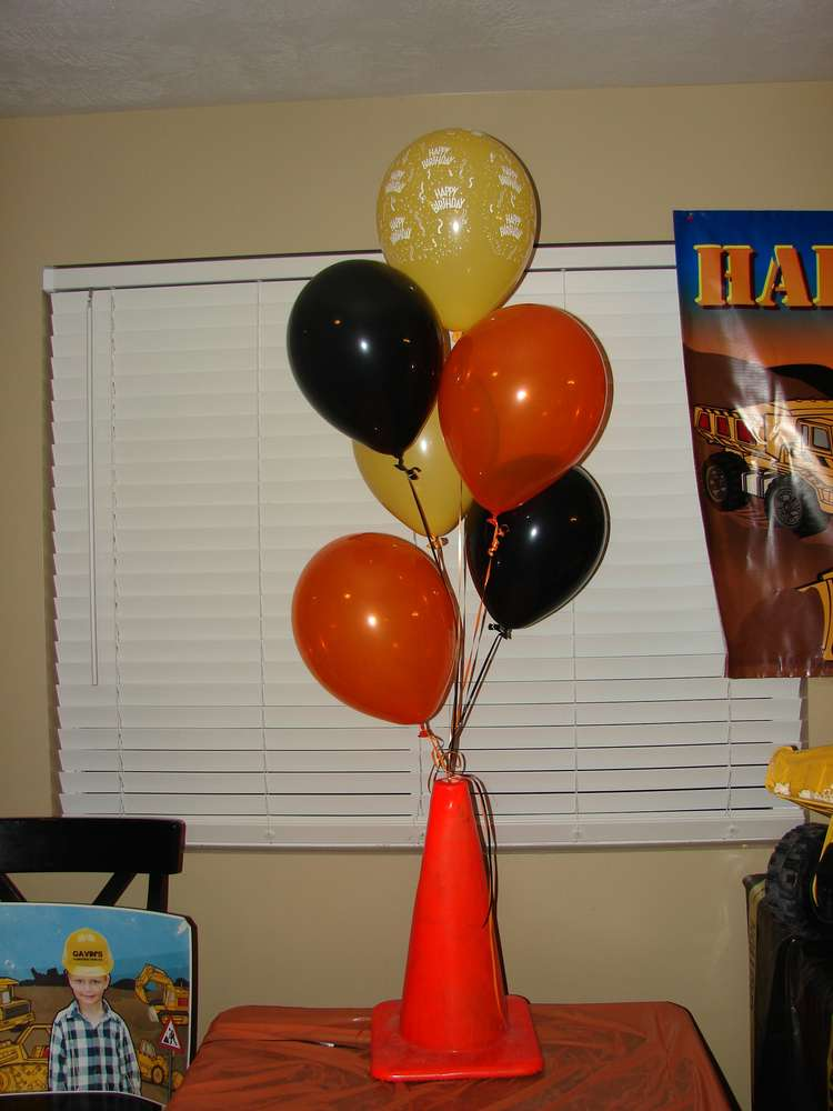 Construction party Birthday Party Ideas  Photo 13 of 36