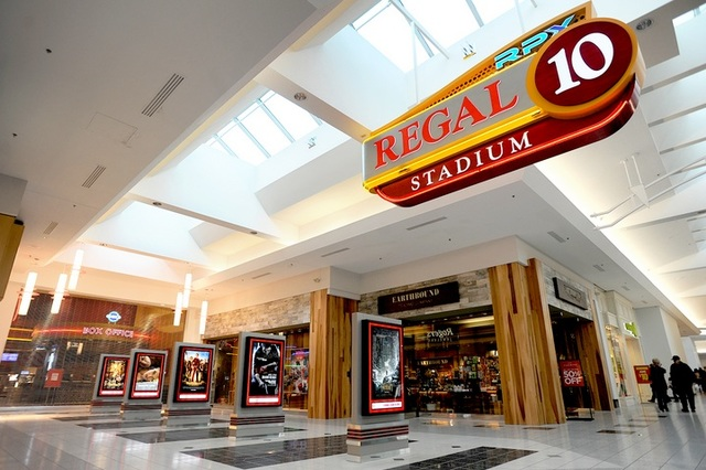 Regal Great Northern Mall Stadium 10  RPX in North