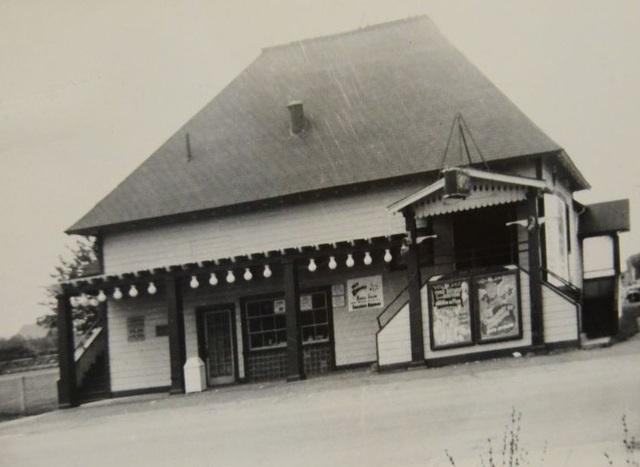 Bayside Theatre in Hull MA  Cinema Treasures