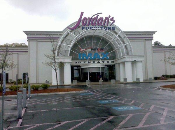Tempur Pedic IMAX 3D Theater At Jordans Furniture In