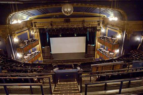 Vic theatre also in chicago il cinema treasures rh cinematreasures