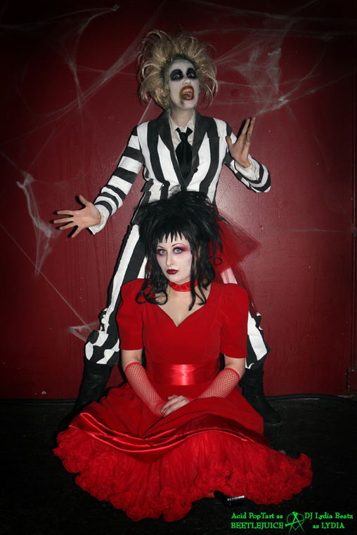 Beetlejuice and Lydia Couples Costume Idea