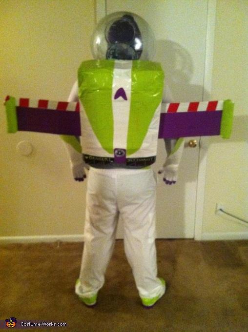 DIY Buzz Lightyear Costume Photo 45