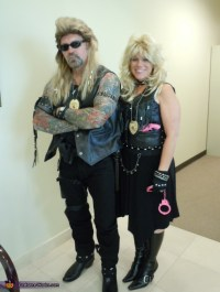 """The Bounty Hunter"" Dog and Beth Chapman Halloween costume ..."