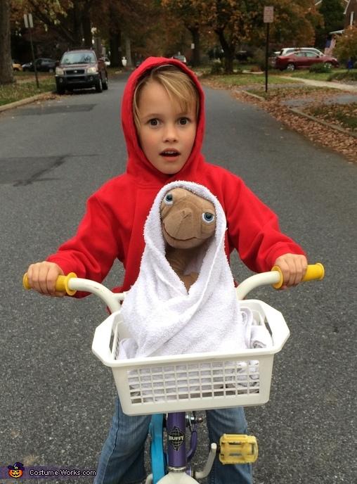 Elliot and E.T. Costume