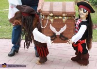Jack Sparrow and his Pirate Helper Costume for Dogs