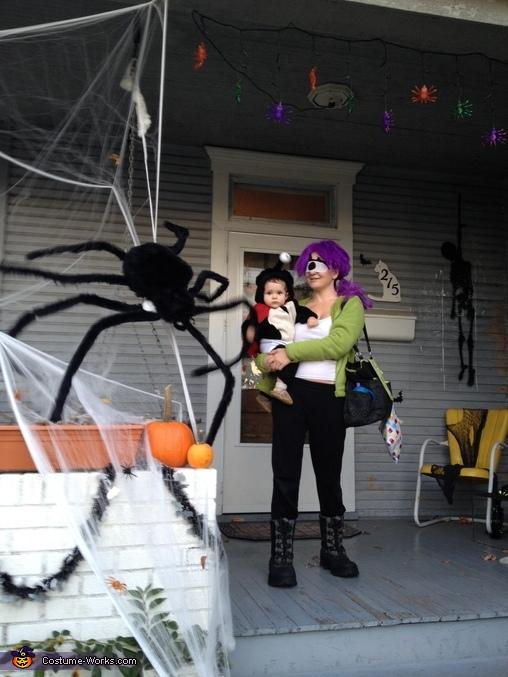 Futurama Leela And Nibbler Costume Photo 33