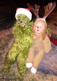 The Grinch and his Dog Max Costume - Photo 2/5