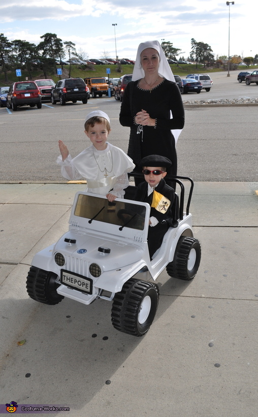 The Pope and His Bodyguard Costume | Original DIY Costumes
