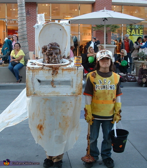 Toilet and Plumber - Homemade costumes for boys
