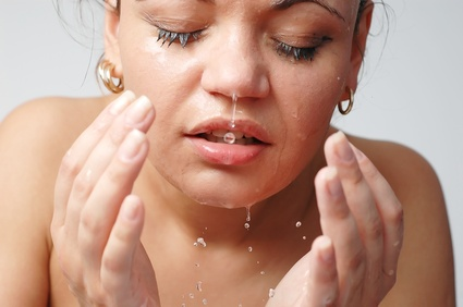 HerUni: Banish Those Spots! The Truth Behind Acne Cure Myths