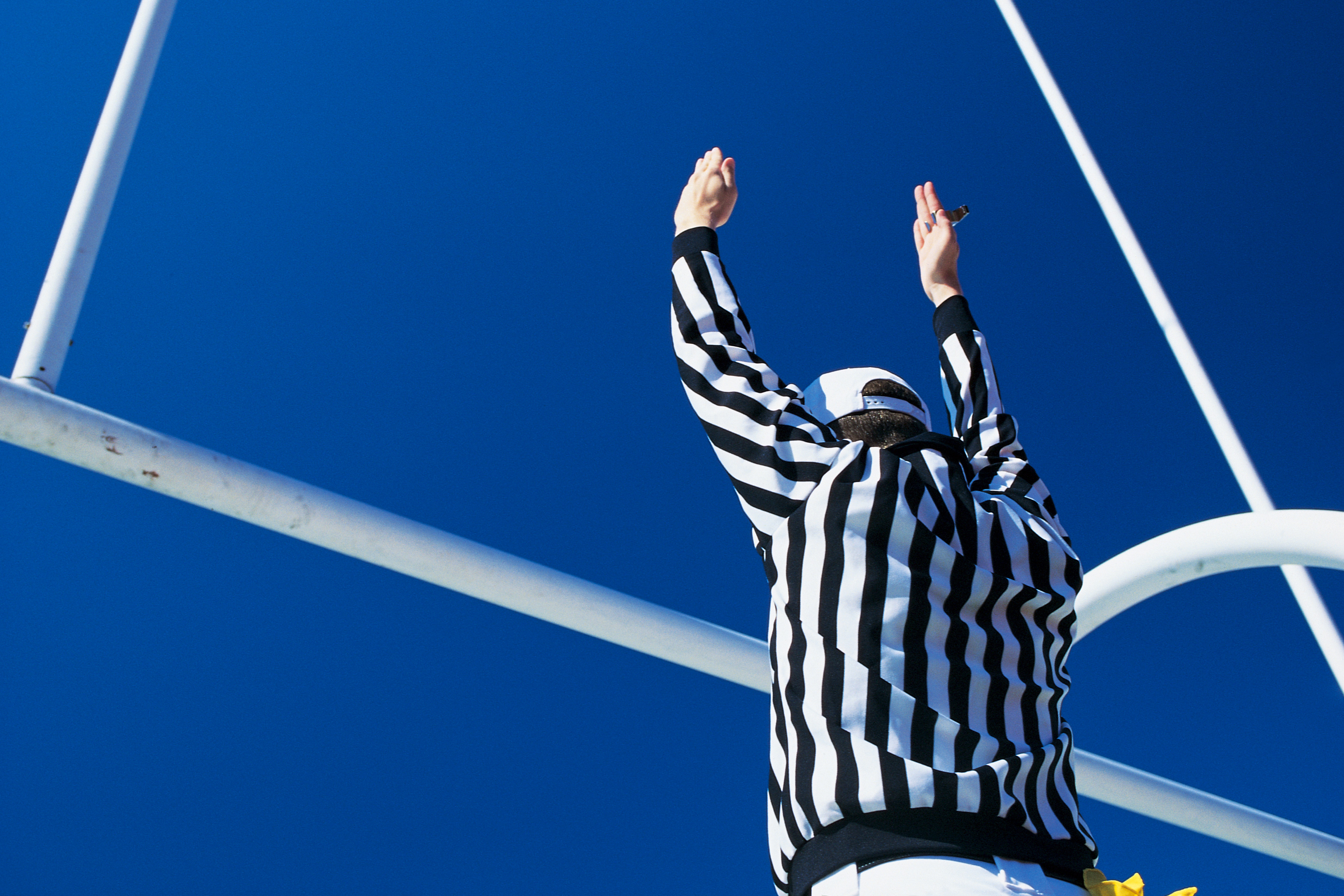 Soccer Referee Resume How To Become A College Football Referee Career Trend