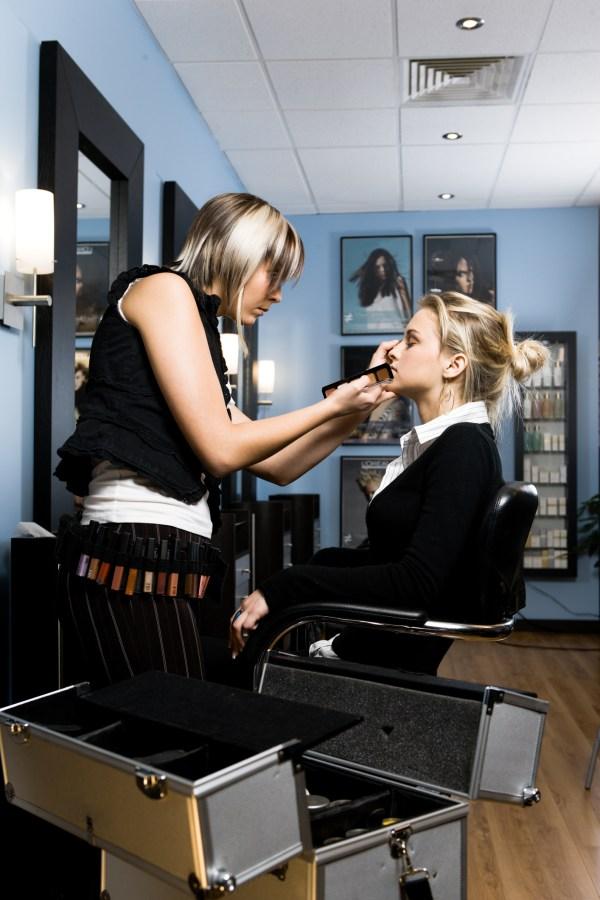Yearly Salary Makeup Artist