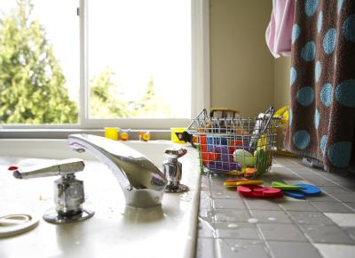 how to remove tile from a kitchen counter