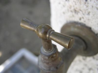 how to run a line for an outdoor faucet
