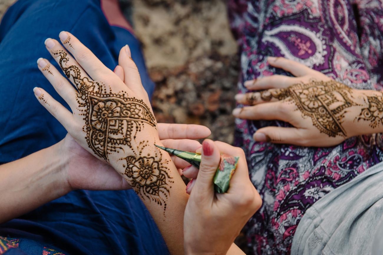 Henna Hand Einfach