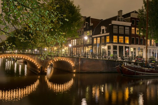 Are Canal Tours In Amsterdam Better At Day Or Night