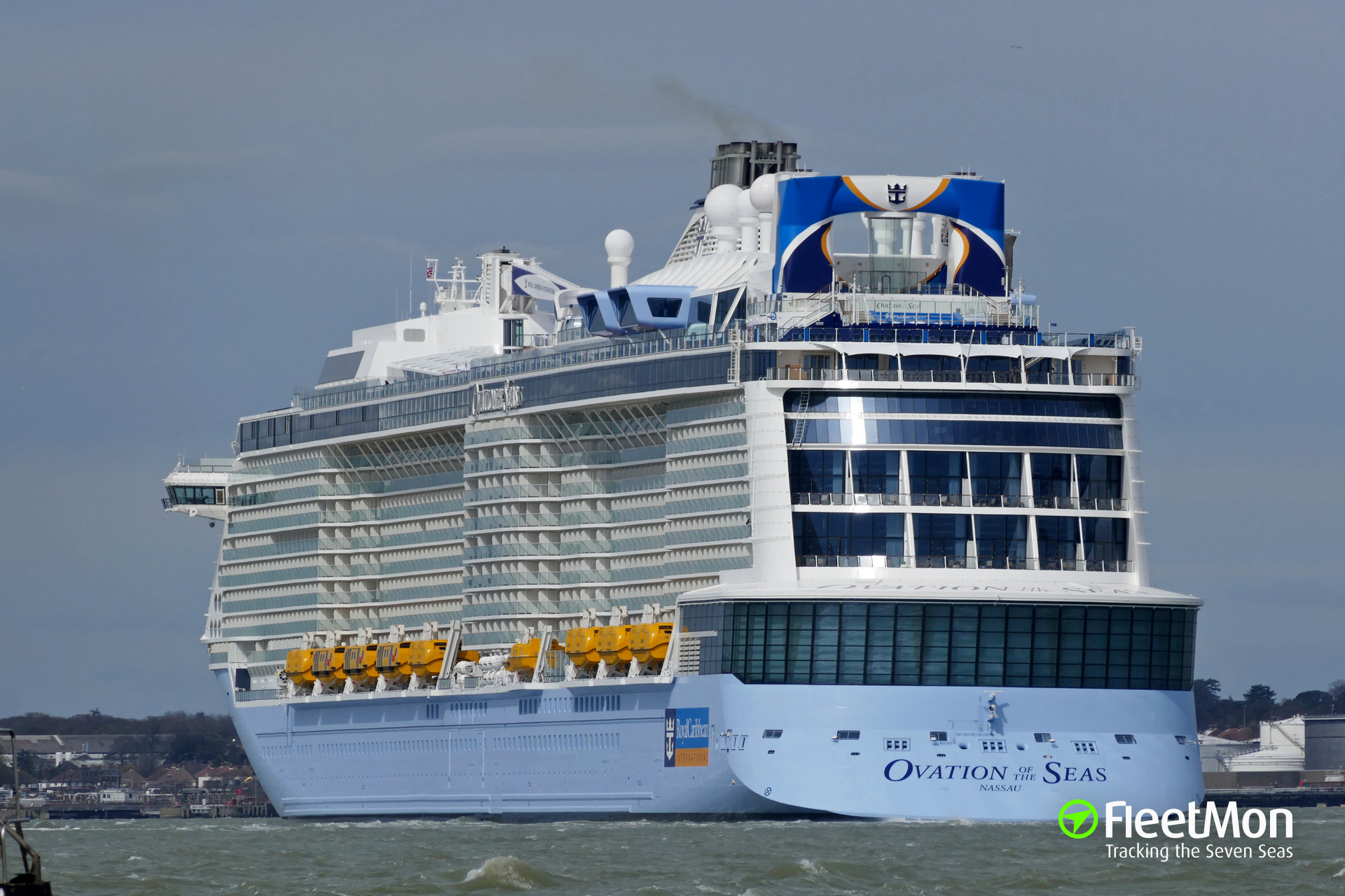 Photo of OVATION OF THE SEAS (IMO: 9697753. MMSI: 311000397. Callsign: C6BX9) taken by chowchow