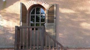 Porte de la petite hôtellerie