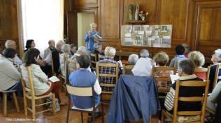Réflexion spirituelle sur le thème dans la chapelle