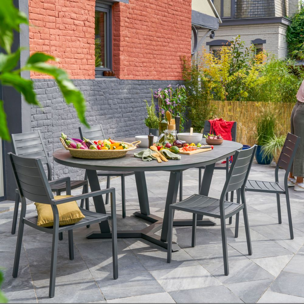 table de jardin ronde avec allonge 4 6 pers mila