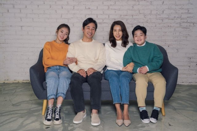 Lee Ga-ryeong's News, Posts, Updates (이가령, Korean actress, model) @  HanCinema :: The Korean Movie and Drama Database