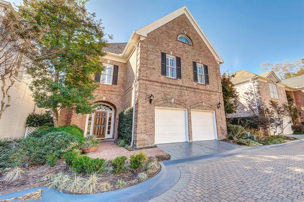 333  Sugarberry Circle