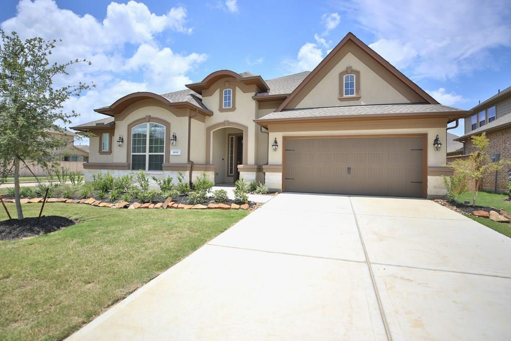 8830  Stonebriar Creek Crossing