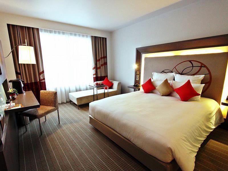 Best Price on Novotel Bangkok Ploenchit Sukhumvit Hotel in Bangkok + Reviews