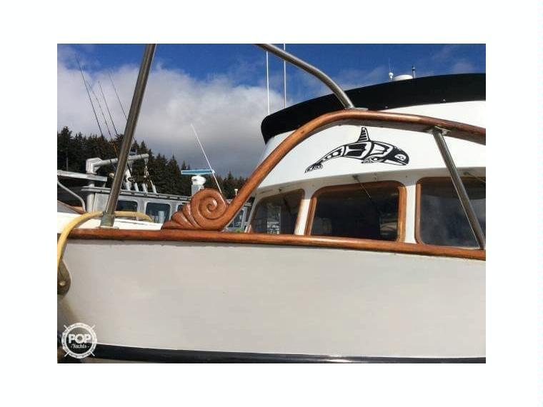 Davis Yachts Defever 41 Trawler In Florida Day Fishing