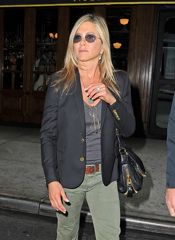 Jennifer Aniston In Suede Grey Dress At Living Proof Web Series Launch In New York Lainey Gossip