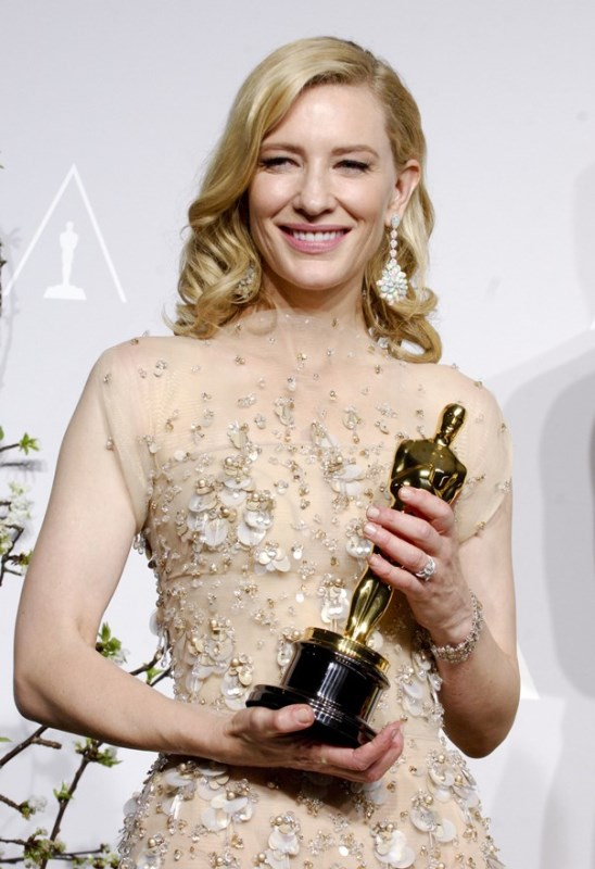 Cate Blanchett wins Best Actress and gives a great speech