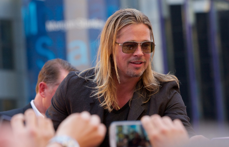 Brad Pitt looks like Axl Rose and Val KilmerLainey Gossip