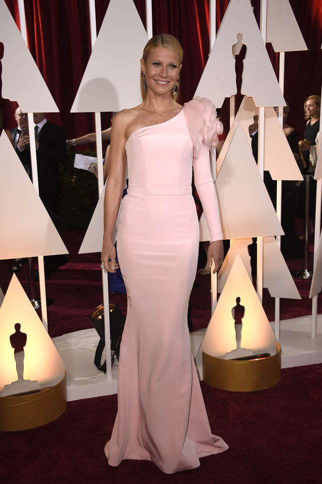 Gwyneth Paltrow is Laineys Worst Dressed at 2015 OscarsLainey Gossip Entertainment Update