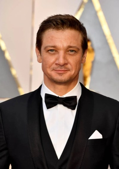 Jeremy Renner brought his daughter to the 2017 Oscars