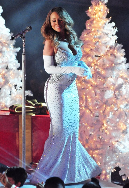 Mariah Carey Christmas tree lighting the holiday tradition