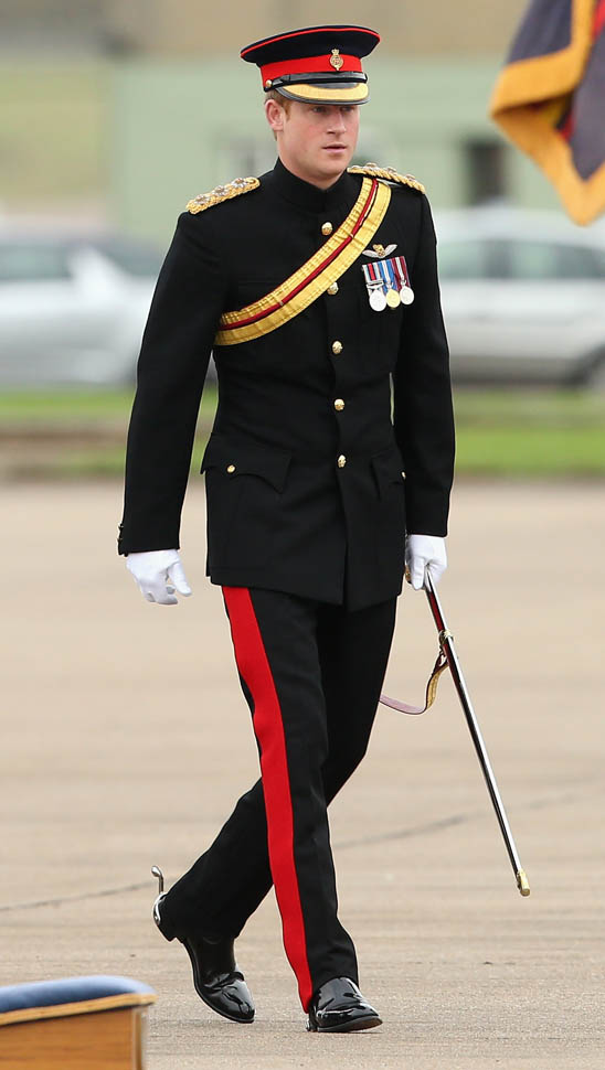 Prince Harry is irresistible in uniform at RAF HoningtonLainey Gossip Entertainment Update